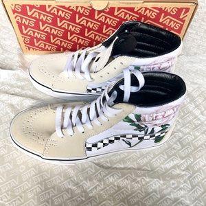 Vans high top sneakers 6.5